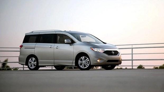2021 Nissan Quest exterior