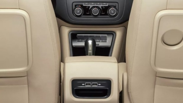 2021 VW Sharan interior