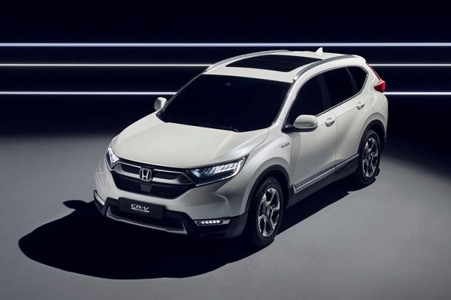 2019 Honda CR-V front view