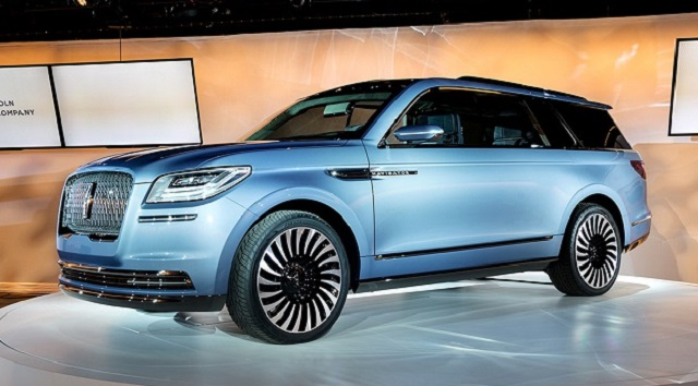 2020 Lincoln Navigator front view