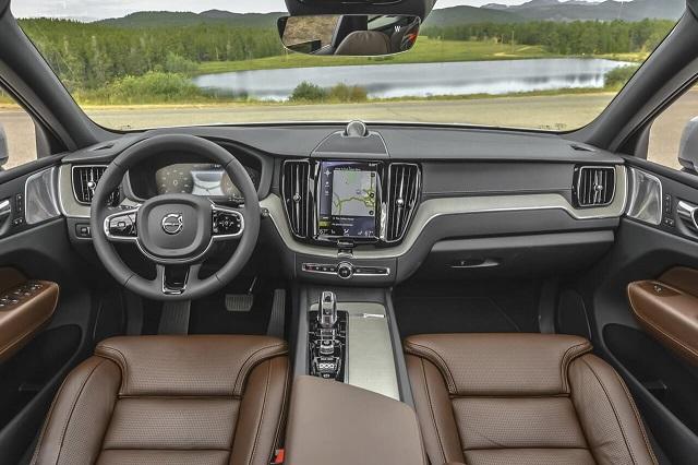 2020 Volvo XC60 interior