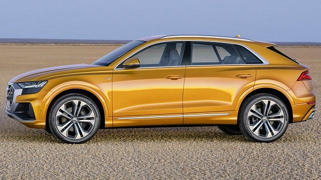 2020 Audi Q8 side view