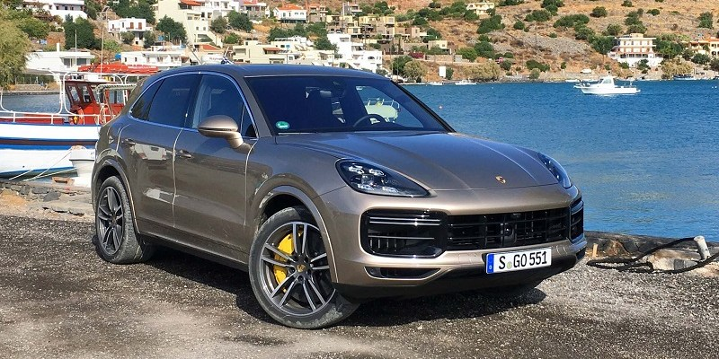 2020 Porsche Cayenne Coupe GT5 Gets Lambo Urus Engine >> 2020 Porsche Cayenne Coupe Price Redesign 2020 Best Suv Models