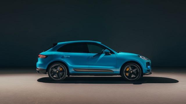 2020 Porsche Macan side view