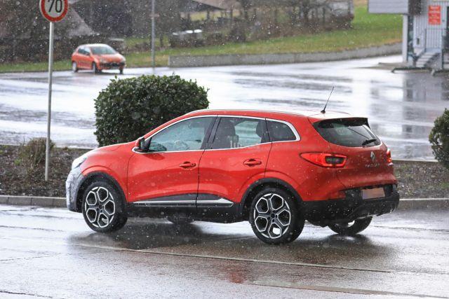 2020 Renault Kadjar spy shots