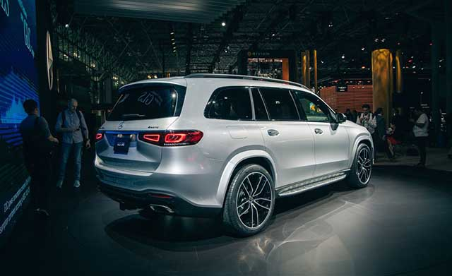 2020 Mercedes - Benz GLS debut
