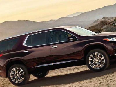 2020 Chevy Traverse 8-seat suv