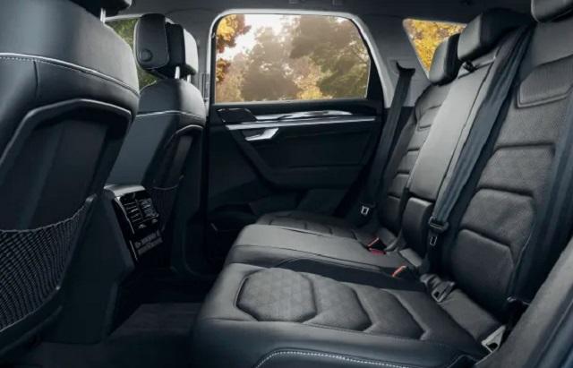 2020 VW Touareg interior