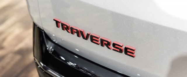 2020 Chevy Traverse Redline badge