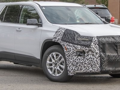 2021 Chevy Traverse spy photos