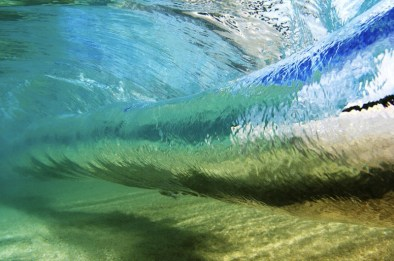 underwater-wave-curl-photo-by-vince-cavataio
