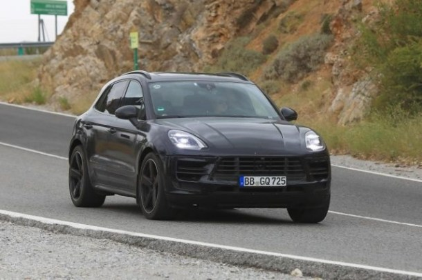 2019 Porsche Macan Spy Photo Front