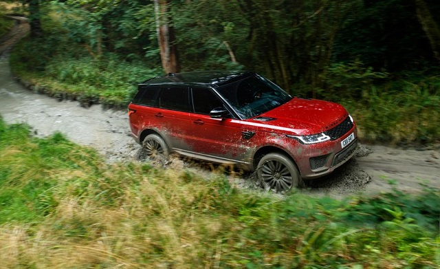 2020 Range Rover Sport front view