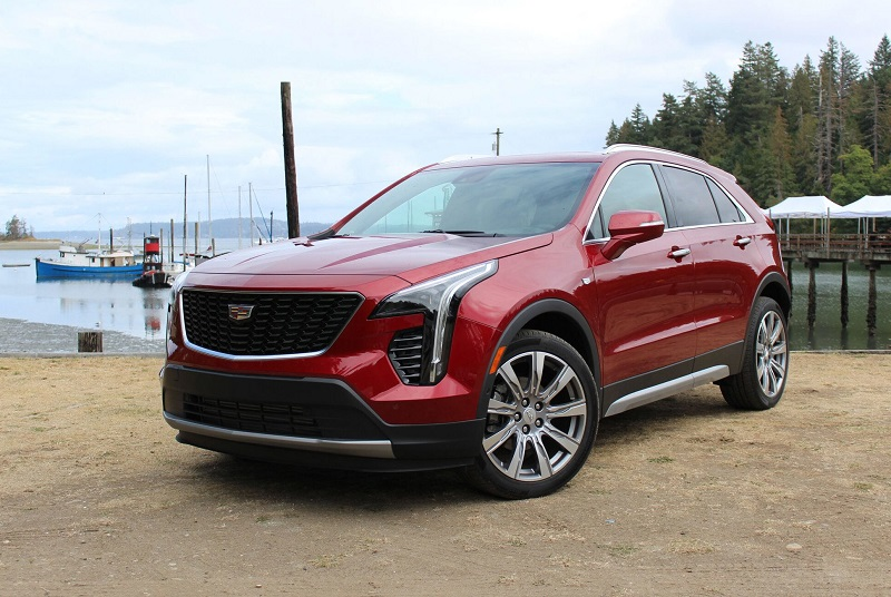 2020 cadillac xt4 review  changes  interior  mpg - 2020