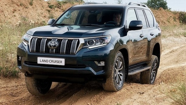 2020 Toyota Land Cruiser 300 front