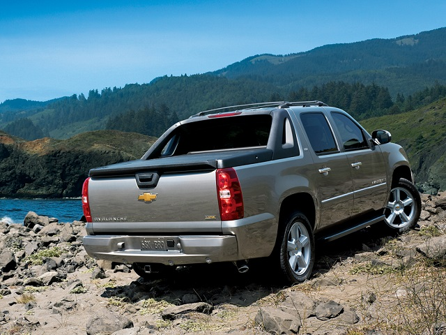 2019 Chevy Avalanche rear view