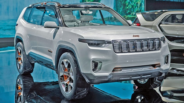 2021 Jeep Wagoneer Concept front