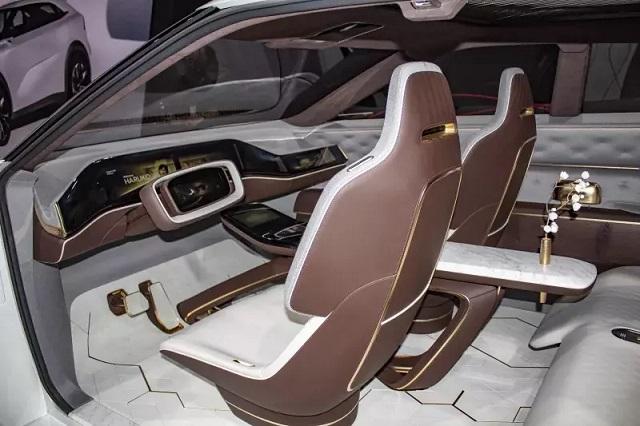 2021 Infiniti QX70 interior