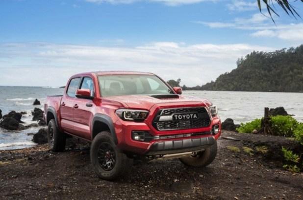 2020 Toyota Tacoma vs Honda Ridgeline