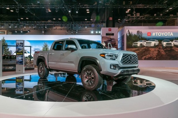 2020 Toyota Tacoma Diesel Canada Front view