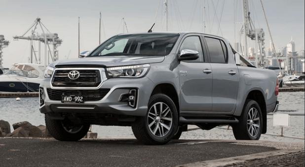 2020 Toyota Hilux vs Ford Ranger