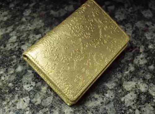 金色財布の風水の意味