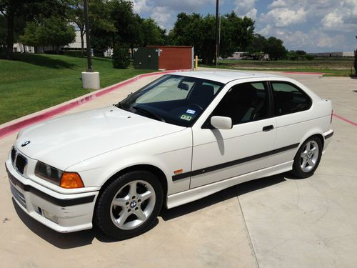 Sell Used 1998 Bmw 318ti Base Hatchback 2door 19l In
