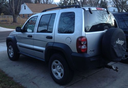 Find Used 2006 Jeep Liberty Sport Sport Utility 4door 3