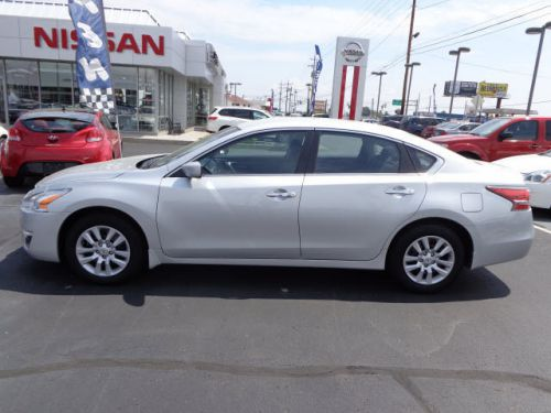 Purchase Used 2014 Nissan Altima S In 8680 Colerain Ave