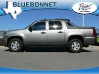 Purchase used 2007 AVALANCHE LT DISC CHANGER ROOF RACK