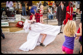 2012-10-20-0082-foco-zombie-crawl