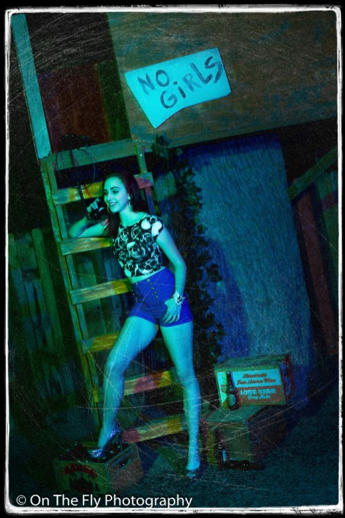 2014-12-02-0081-Midnight-At-The-Treehouse-exposure
