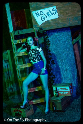 2014-12-02-0086-Midnight-At-The-Treehouse-exposure