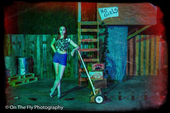 2014-12-02-0105-Midnight-At-The-Treehouse-exposure