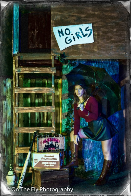 2014-12-02-0243-Midnight-At-The-Treehouse-exposure