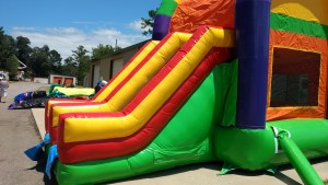 16Over the Rainbow bounce house combo