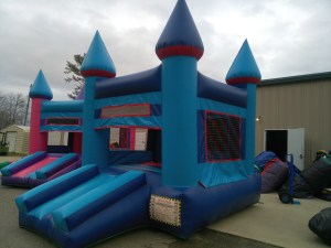 6Blue Sky moonwalk bounce house combo