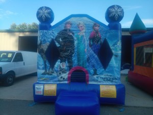 1Frozen Bounce House moonwalk