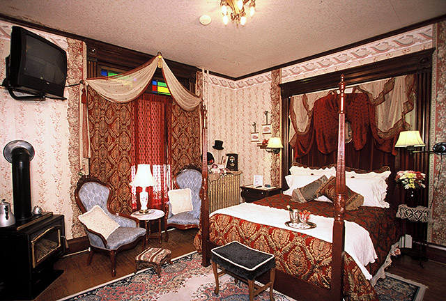 The Victorian Room - Lanesboro, MN