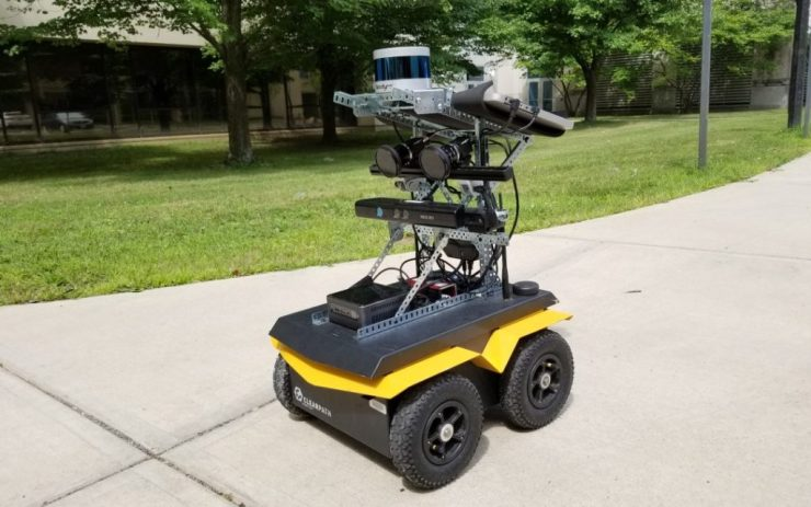 Obstacle avoidance with Jackal UGV