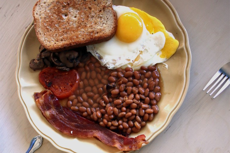 A photo of English breakfast