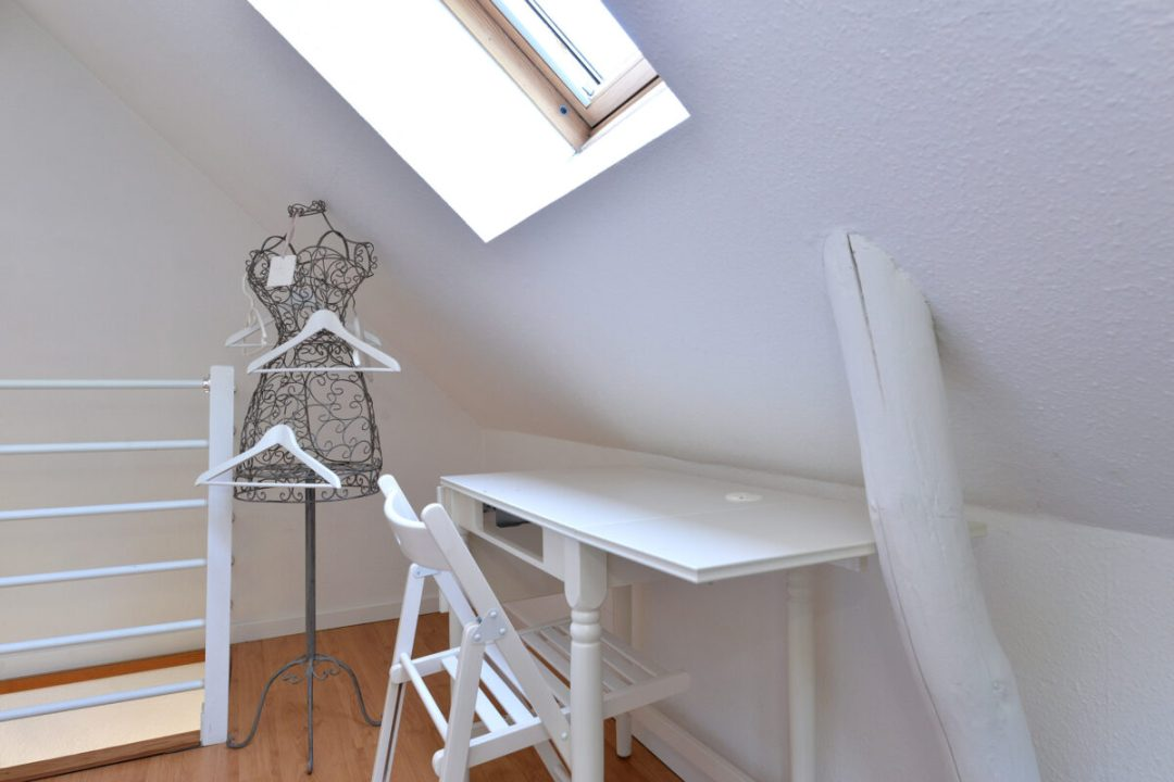etoile upstairs 4