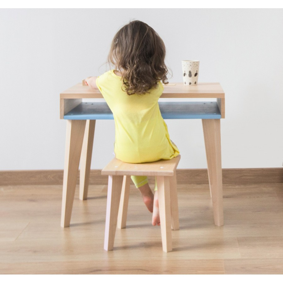 Childrens desk TRAIT DUNION by Paulette  Sasha at