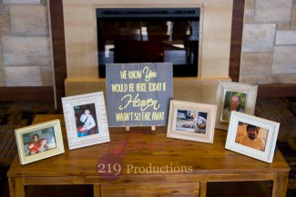 Signature Banquets Wedding Memory Table