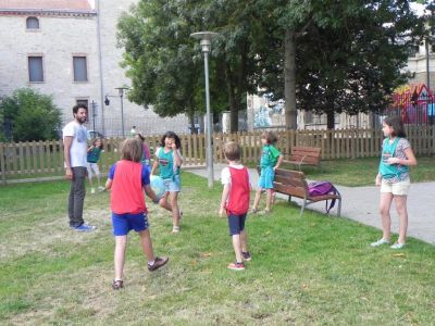 Almuerzo En El Parque Colonias De Verano 2016 14