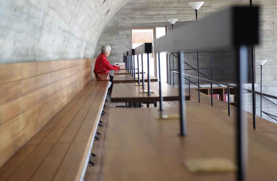 世界上最孤独的图书馆