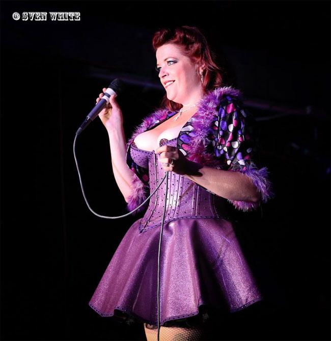 Cora Vette at the Show Me Burlesque Festival 2013.  ©Sven White
