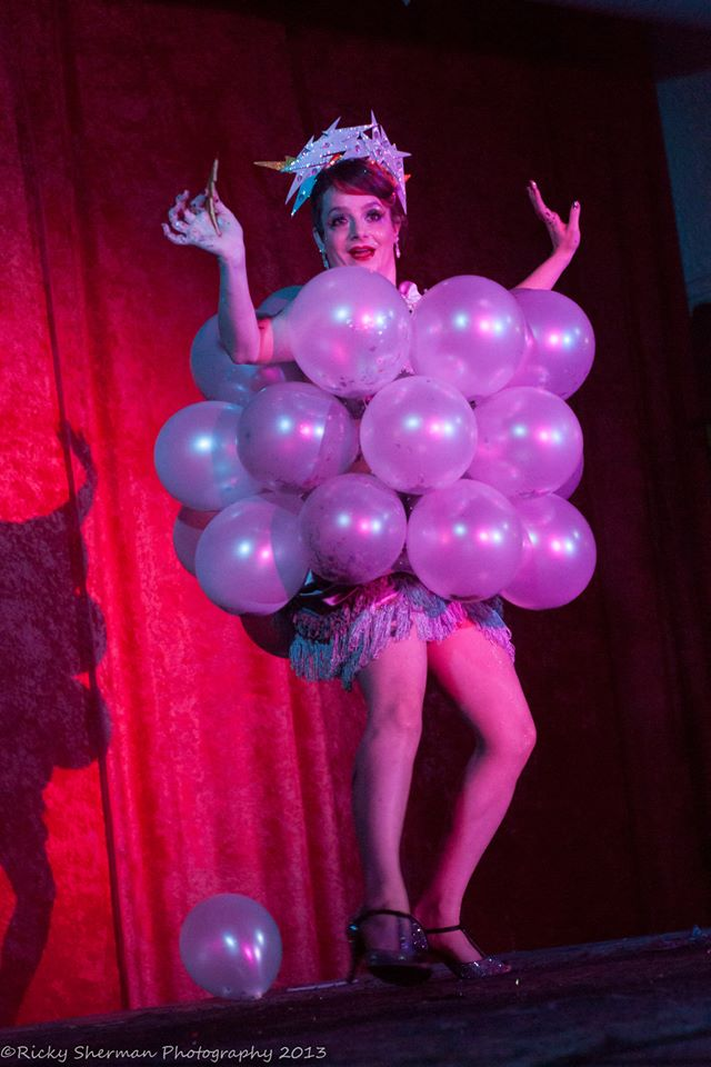 Holly Rebelle at the Show Me Burlesque Festival 2013.  ©Ricky Sherman