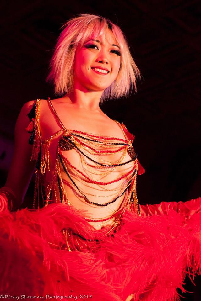 Midnite Martini at the Show Me Burlesque Festival 2013. ©Ricky Sherman