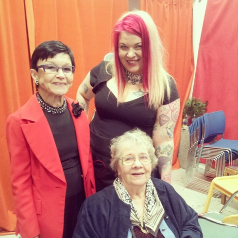 Bettie Blackheart and the Finish showgirls, Nina Valkonen and Tamara.  ©Minnie Tonka